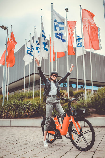 okai-electric-sharing-scooter-electric-bike-sharing-ifa2020-sign
