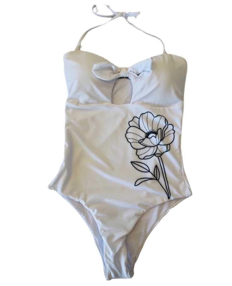 One Piece White Gardenia