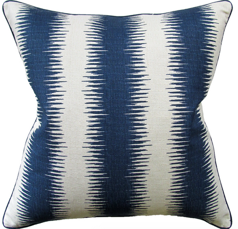 Jiri Pillow in Navy