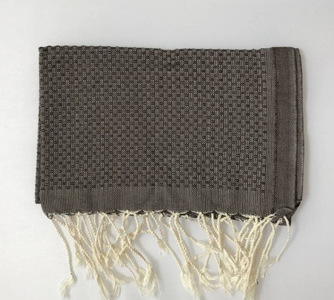 Guest towel in chocolate brown