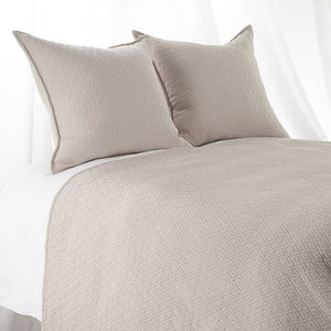"Queen ""INDI"" Coverlet Diamond Mattelasse Natural"