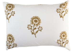 Madame de Montreil Standard Pillowcase in Gold