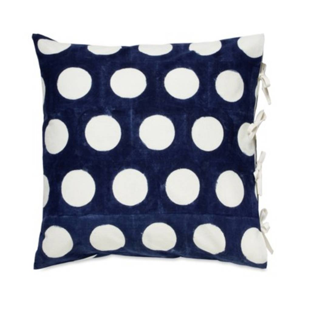 "Les Indiennes ""Dot"" Reverse Deco Pillow Cover in Indigo 22x22"