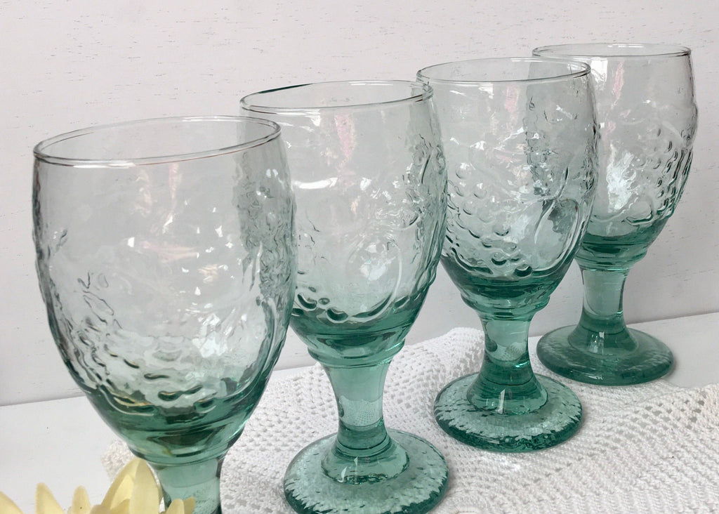 LIBBEY Water Goblet Orchard Fruit Spanish Green Stem (Set of 4)