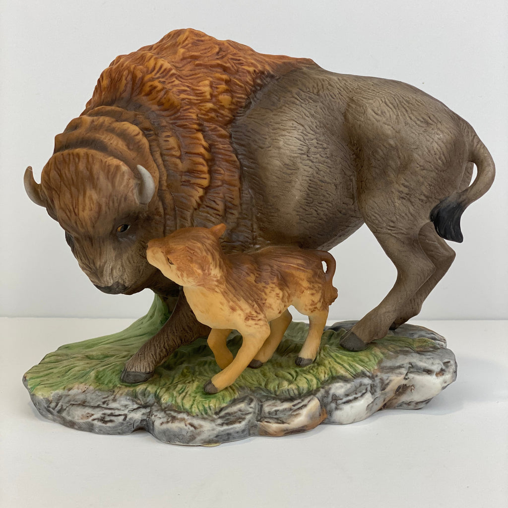 MASTERPIECE HOMCO American Bison with baby Porcelain Figurine Vintage 1994