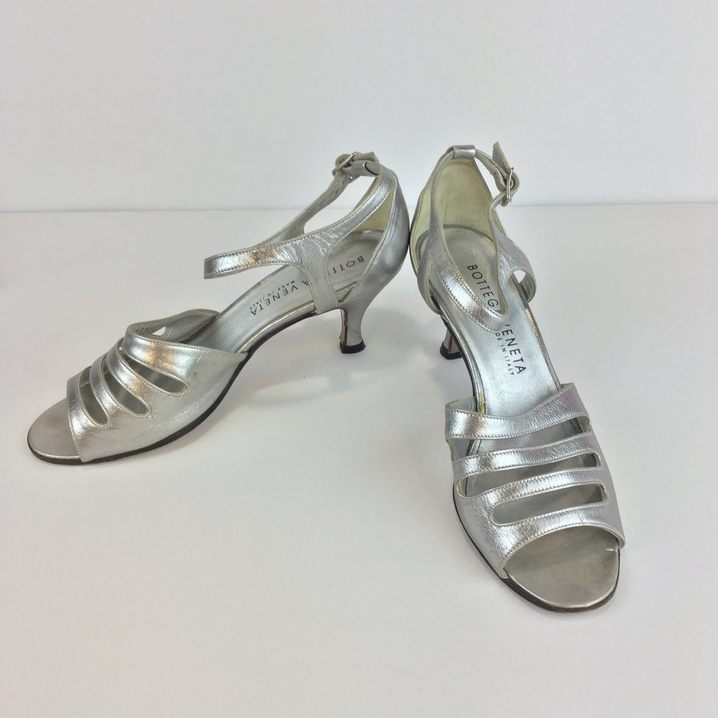 BOTTEGA VENETA Silver strappy Heel Sandals (Pre-Loved)