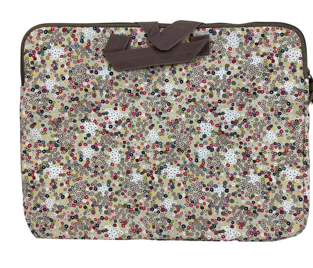 THIRTY-ONE Free Spirit Ditzy padded Floral Cloth Laptop Case (New)