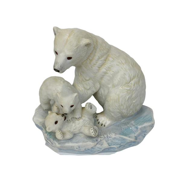 Masterpiece Porcelain Endangered Species Polar Bear and Cubs 1993 (Vintage)