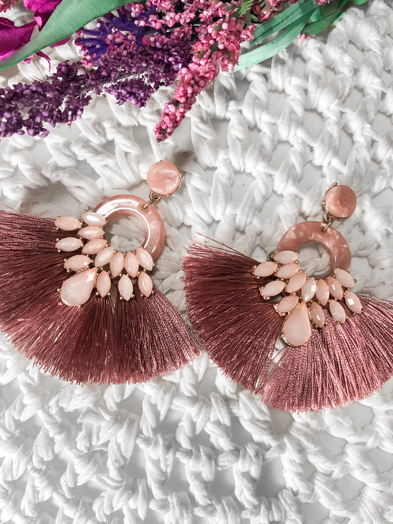 Bibi Resin Tassel Earrings - Mauve