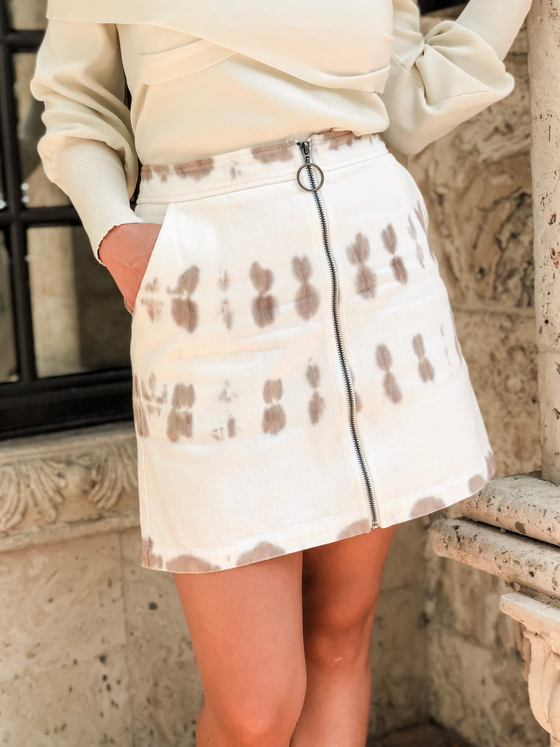 Mimi Tie Dye Denim Mini Skirt - White/Taupe
