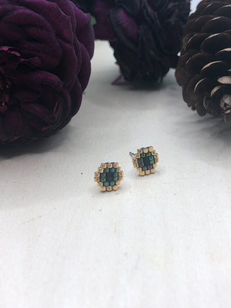 Peacock Honeycomb Studs