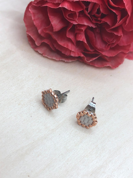 White and Champagne Honeycomb Studs