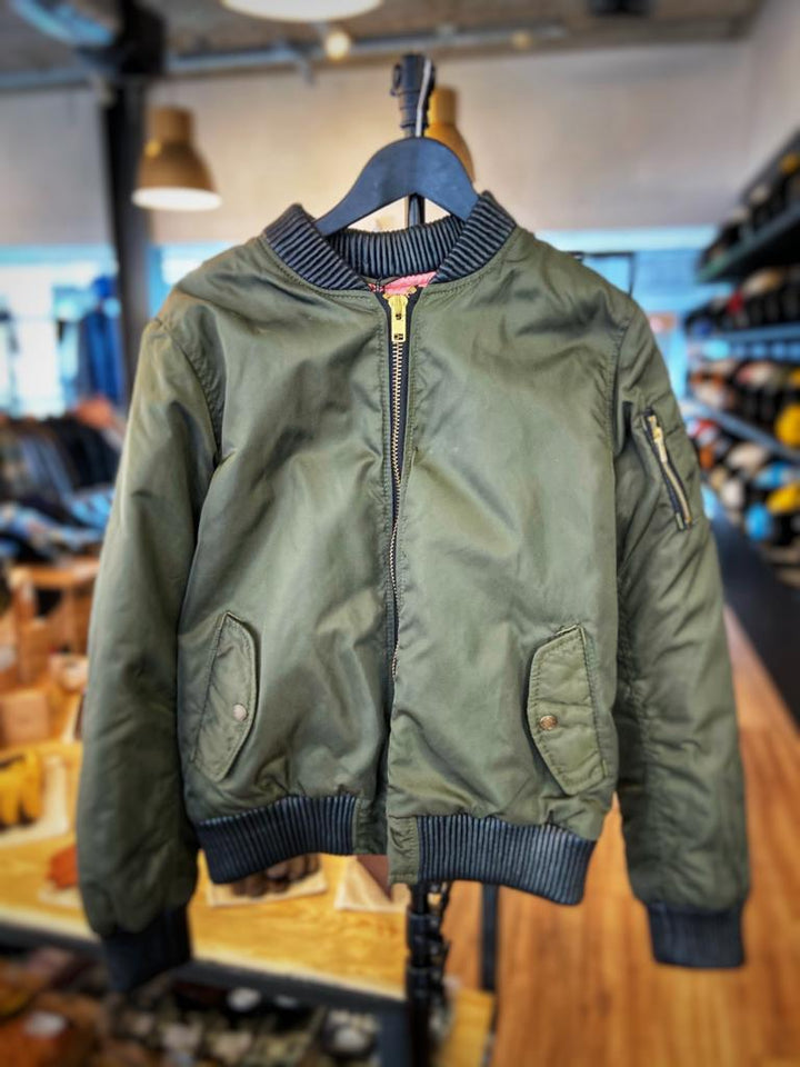Black Arrow Glory Bomber