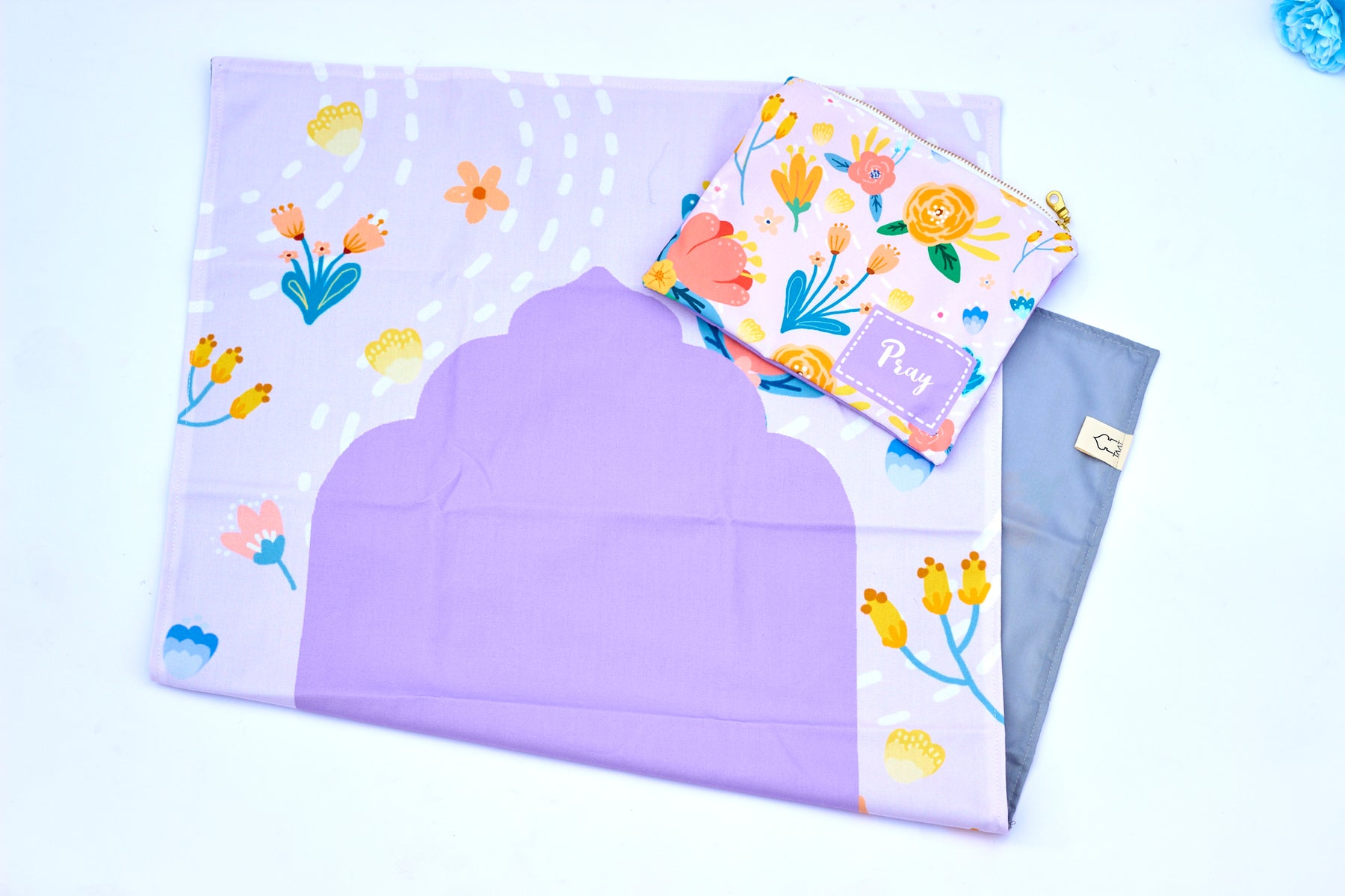 Prayer Mat with Pouch (Floral Theme)