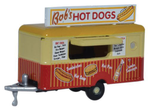 Concession Trailer - Assembled -- Bobs Hot Dogs (beige, red) -  Scale: N
