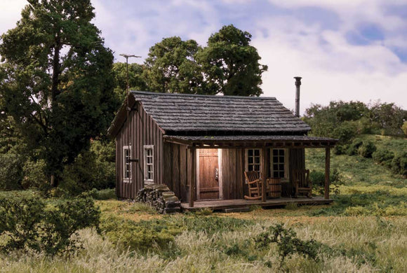 Scale: O - Built-&-Ready(R) Landmark Structure(R) - Assembled -- Rustic Cabin