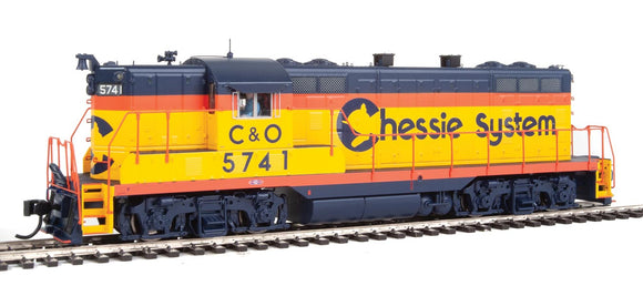 EMD GP7 - LokSound Select Sound and DCC -- Chessie System C&O 5741 (yellow, orange, blue) -  Scale: HO
