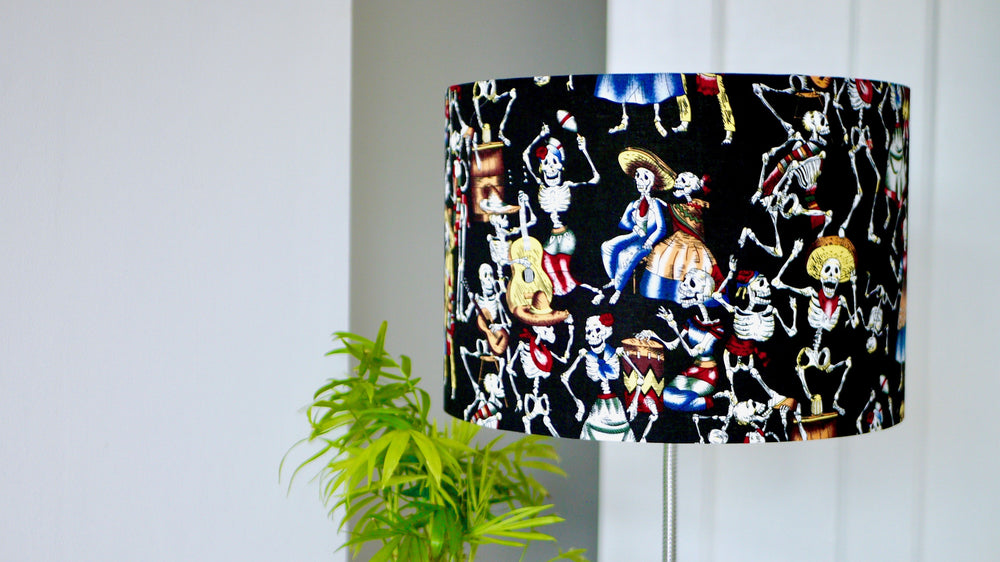 Load image into Gallery viewer, Black Lampshade