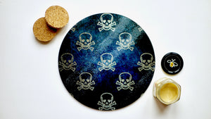 Black and Gold Skull and Crossbones Glass Worktop Saver - Chopping Board - Placemat - Kitsch Republic