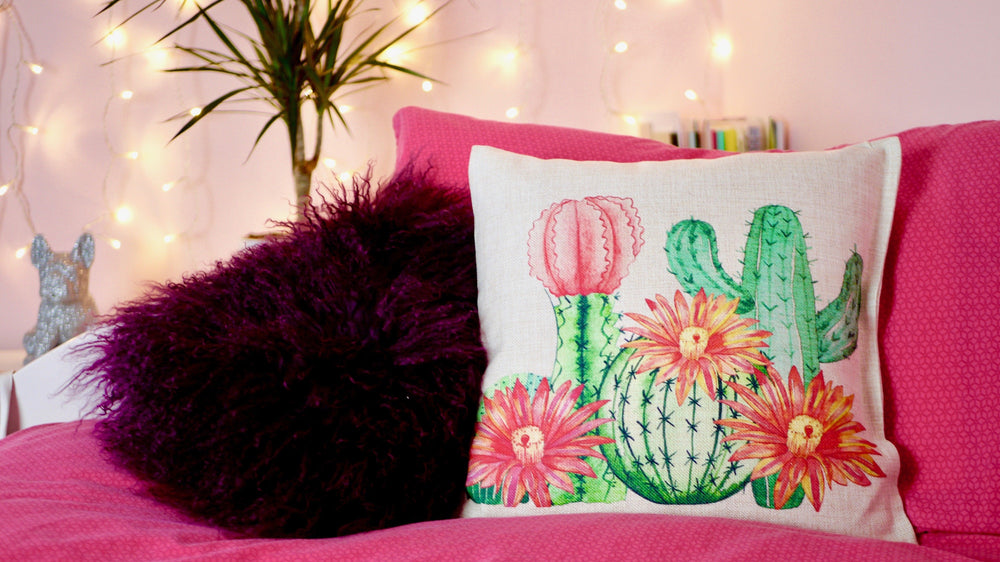 Load image into Gallery viewer, Cactus Cushion - Canvas Feel Cushion inc. Inner 40cm x 40cm - Kitsch Republic