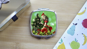 Load image into Gallery viewer, Alice in Wonderland Green Christmas Compact Mirror