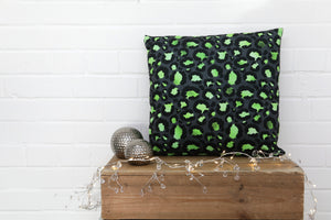 Load image into Gallery viewer, Leopard Print Green Velvet Cushion