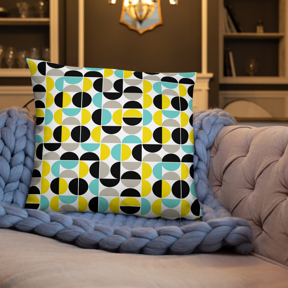 Yellow Seamless Pattern Throw Pillow