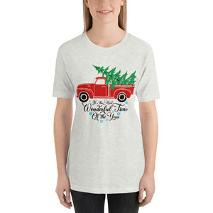 Vintage Red Truck Christmas Tree T-Shirt for Women