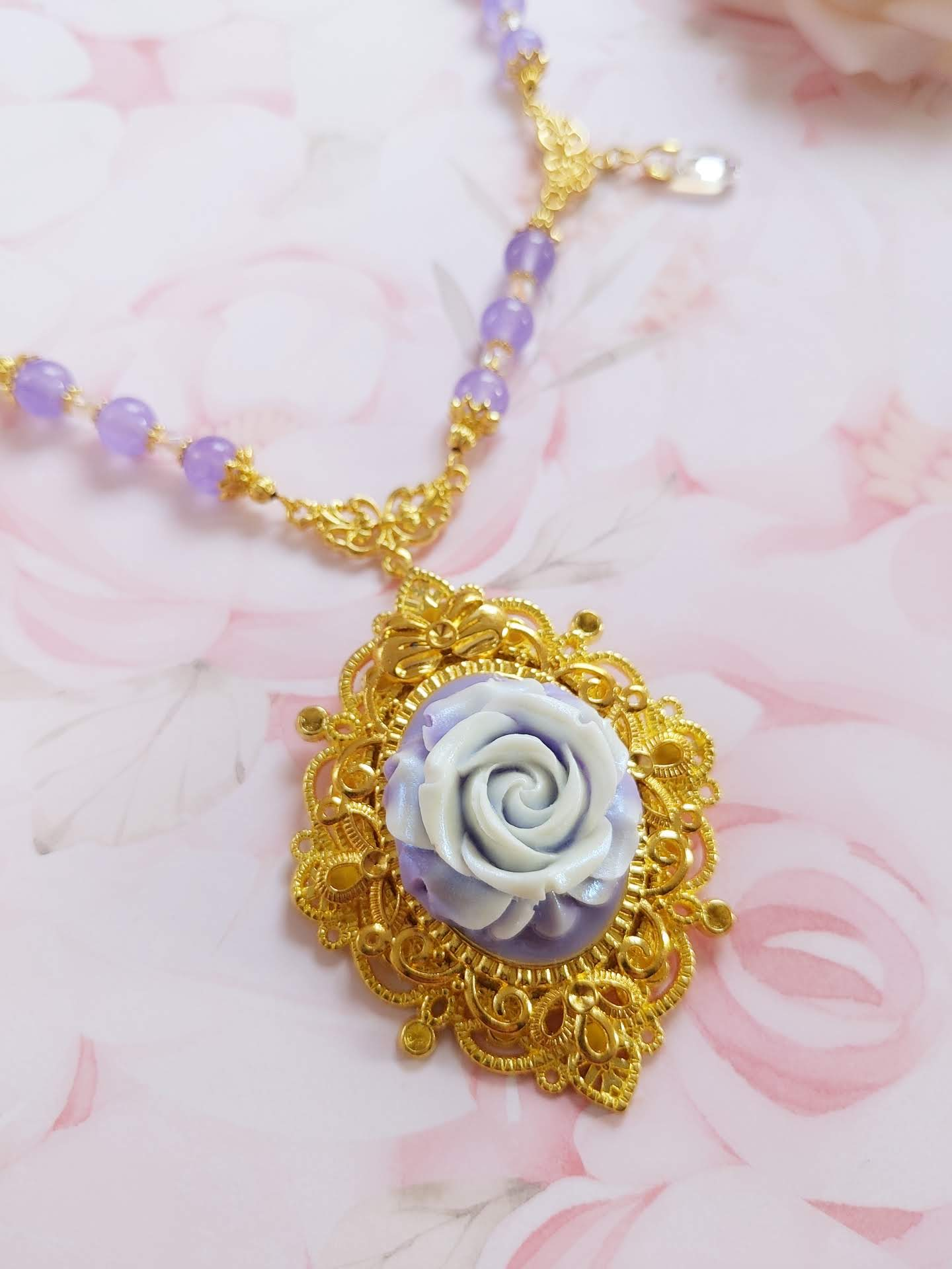 Golden Frame Lavender Rose