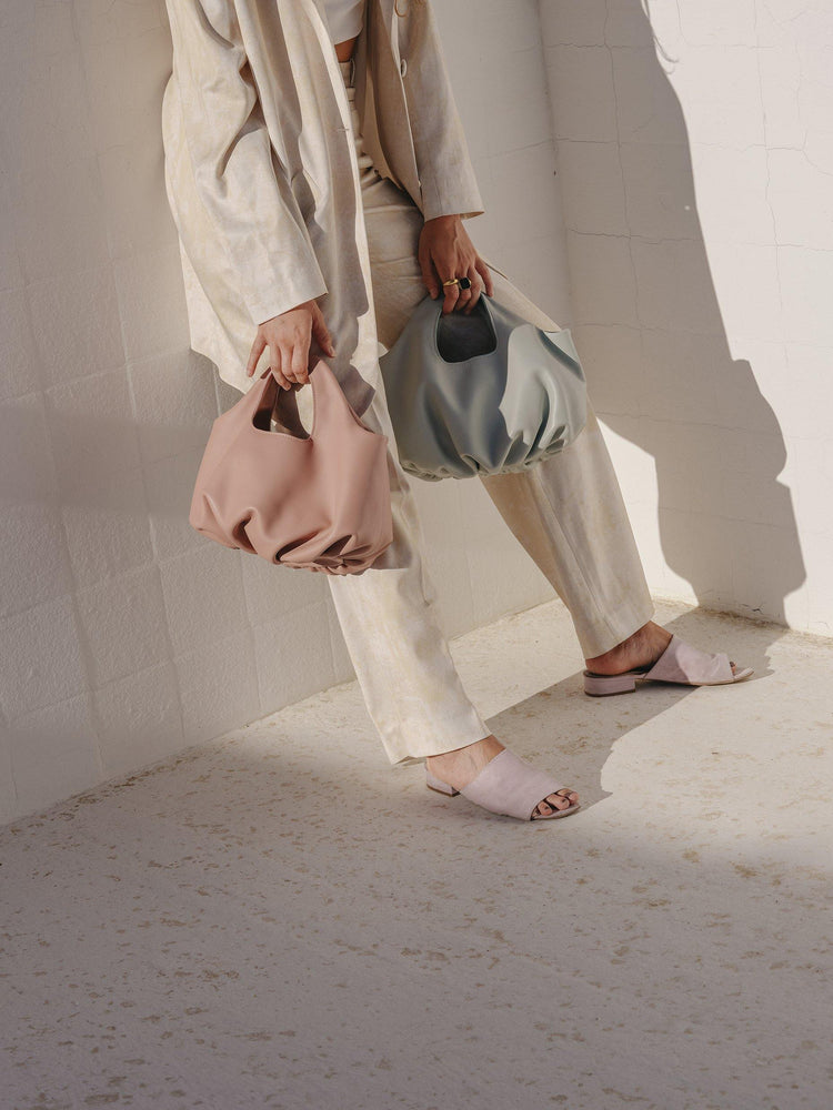 Spring summer leather bag in more raices campaign by Blame Lilac