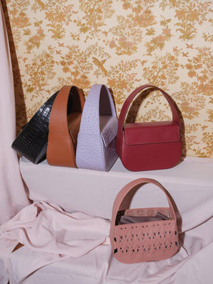 burgundy cesta handbag with off-white stitching, cow leather, removable long strap, Blame Lilac cesta family