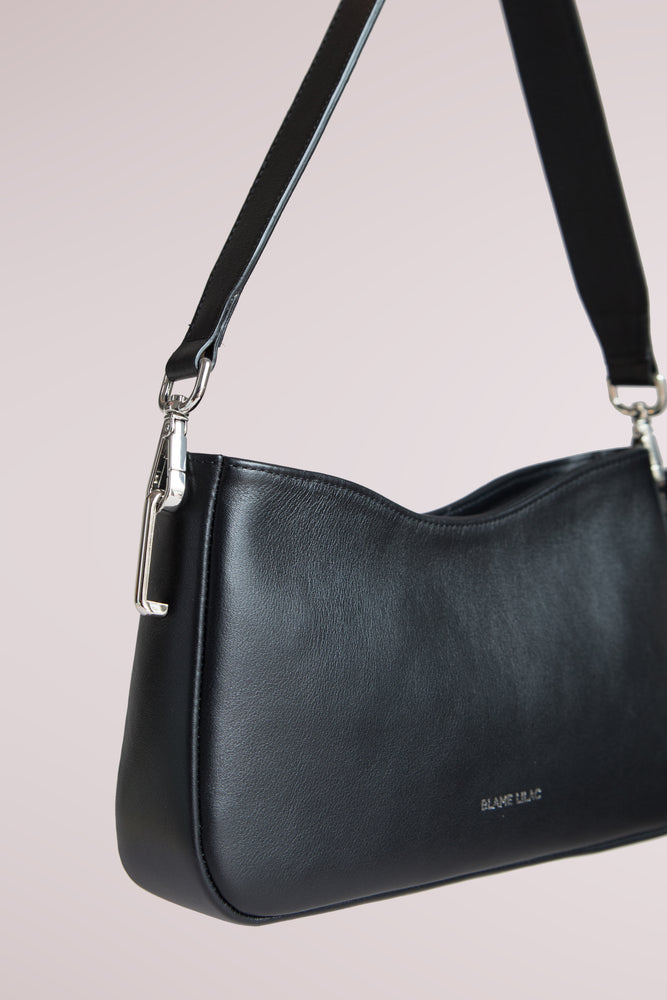 Black shoulder leather bag crafted in cow leather, Blame Lilac