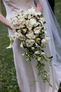cascade bouquet perfect for DC miniwedding