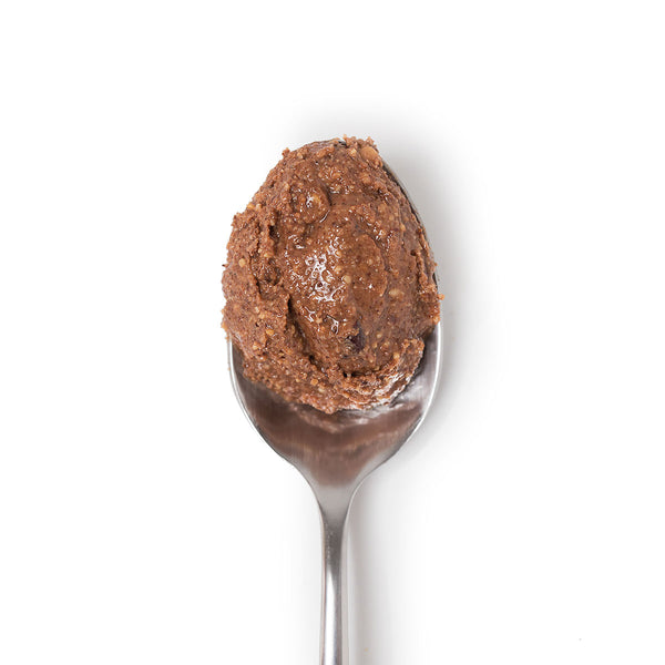 Spoon of Big Spoon Roasters palm oil-free Chocolate Sea Salt Almond Butter