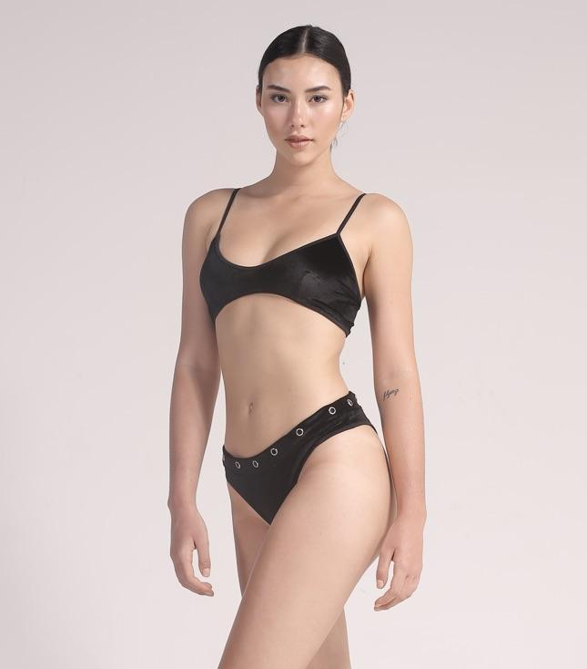 Ava Bikini (Black Velvet) - THIS IS A LOVE SONG Indonesia