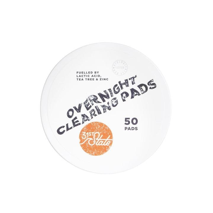 31st State for Boys - Overnight Clearing Pads help to exfoliate and unclog blocked pores with natural, paraben-free ingredients. You'll be amazed at just how smooth and supple your skin's texture will be after regular use.