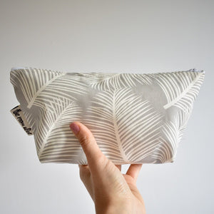 Grey Leaf Wash Bag / Make-Up Bag