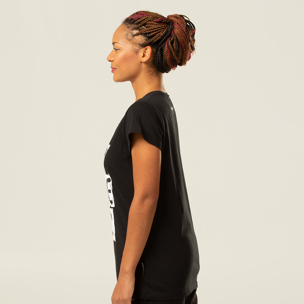 Pironetic Branded Tee | pironetic.com | Pironetic - an athleisure brand for active women | sportswear, activewear - leggings, wedges, tights, pants, jackets, t-shirts, tops, tanks, sports bras