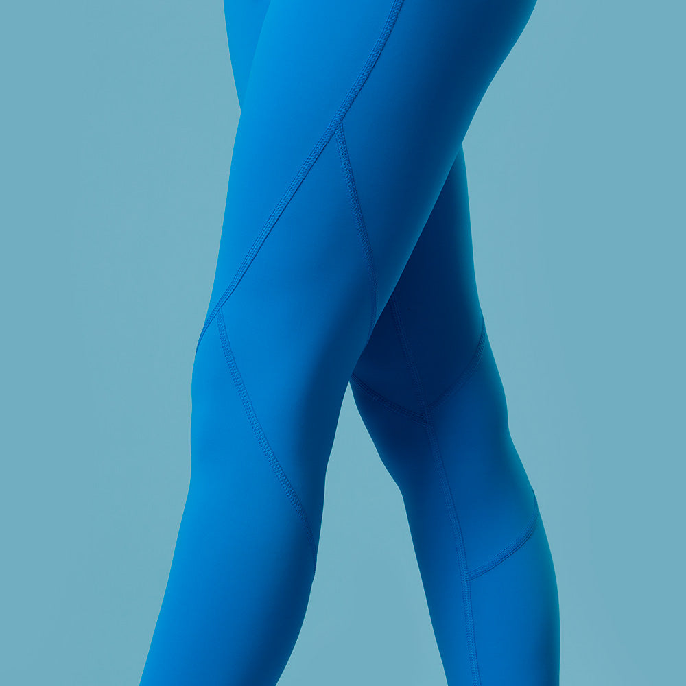 Explosive Ocean Blue Tights | pironetic.com | Pironetic - an athleisure brand for active women | sportswear, activewear - leggings, wedges, tights, pants, jackets, t-shirts, tops, tanks, sports bras