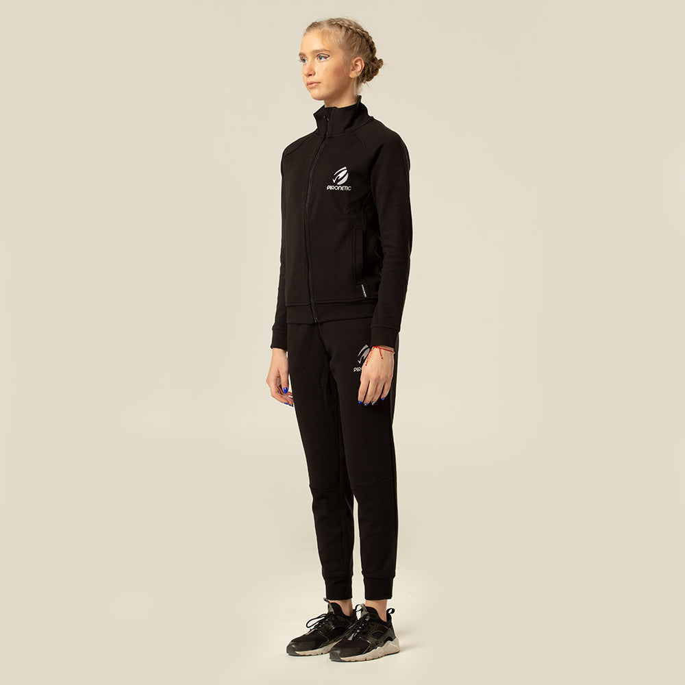 The Acer Pants | pironetic.com | Pironetic - an athleisure brand for active women | sportswear, activewear - leggings, wedges, tights, pants, jackets, t-shirts, tops, tanks, sports bras