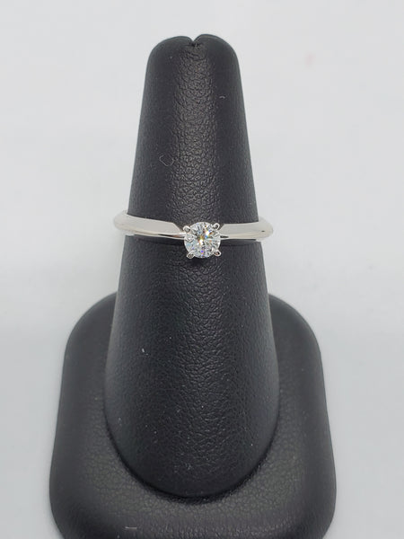 14K WHITE GOLD 0.24CT STARLIGHT DIAMOND ENGAGEMENT RING