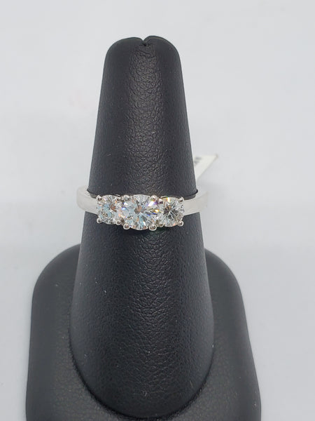 14K WHITE GOLD 3STONE 1.00CTW STARLIGHT DIAMOND RING