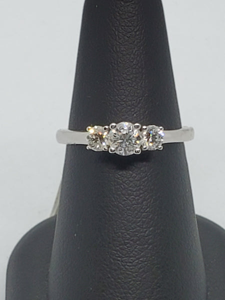 14K WHITE GOLD 3STONE 0.70CTW STARLIGHT DIAMOND RING