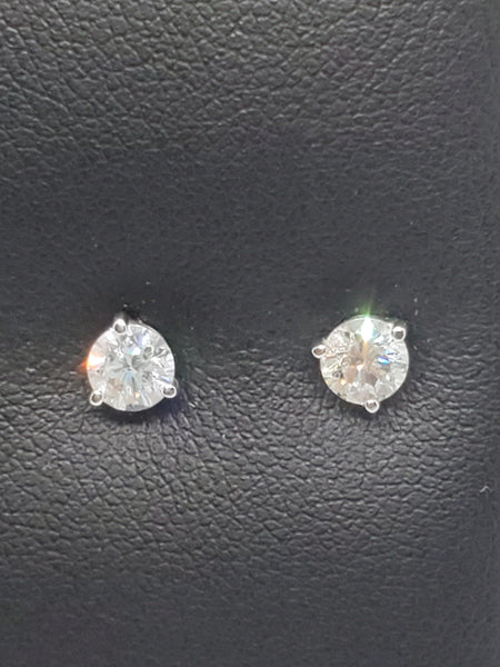 14K WHITE GOLD 0.72CTW STARLIGHT DIAMOND STUDS