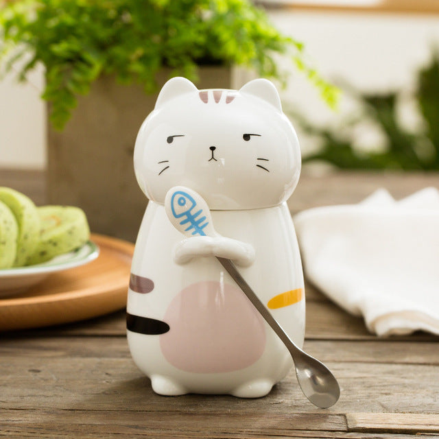 Whimsical Kitty Cat Holding A Spoon Ceramic Coffee Mug With Lid - 9.6 oz - Unique Cat Gifts