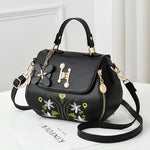 Load image into Gallery viewer, CB322 Embroidery design women hand bags 2021 luxury crossbody  handbags and purses