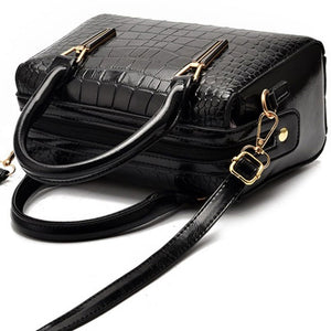 CB278 Crocodile pattern Large capacity black lady hand bag trendy fall handbags