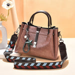 Load image into Gallery viewer, CB304 wholesale luxury women winter unique hand bags ladies fashion handbags