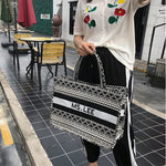 Load image into Gallery viewer, E3366 Retro black and white striped printed canvas handbags large capacity shoulder bags ethnic style wild casual bags