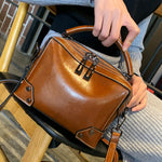 Load image into Gallery viewer, EGL004 Custom logo european and american style casual real leather women shoulder handbags bag